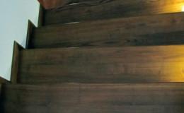 Rumia-Jesionowe-na-beton-z-podstopniami-jesionowe-z-listwowaniem-(5)