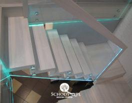 Schody dywanowe –  Balustrada szyba – Grudziądz