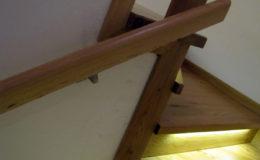 Schody-Q-Na-beton-Debowe-natura-(-czarne-zaprawki)-balustrada-LVL-biala-(14)