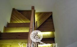 Schody-Q-Na-beton-Debowe-natura-(-czarne-zaprawki)-balustrada-LVL-biala-(7)