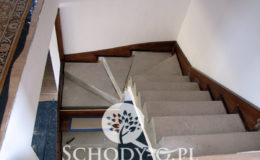 Schody-Q.pl-Na-beton—po-skanowani-i-CNC-Jesionowe-orzech-tr-walek-inox-Kostrzyn-(4)