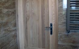 Drzwi-jesionowe-dwie-plyciny-lakierowane-bezbarwny-gori–(3)
