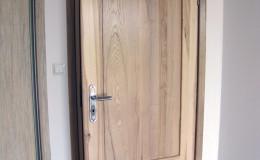 Drzwi-jesionowe-dwie-plyciny-lakierowane-bezbarwny-gori–(9)