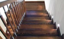 G-D-Jesionowe-na-beton-z-podestem-tr-drewniana-toczona-z-inox-Braz—kolor–(5)