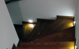 Rumia-Jesionowe-na-beton-z-podstopniami-jesionowe-z-listwowaniem-(13)