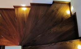 Rumia-Jesionowe-na-beton-z-podstopniami-jesionowe-z-listwowaniem-(6)