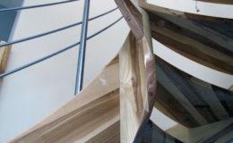schody-q-giete-jesionowe-grudziadz-balustrada-ptery-inox-kolano-start-19