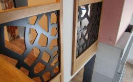 schody-q-dywanowe-debowe-konglomerat-lvl-malowane-na-czarno-16