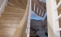 Schody-Q Na Beton jesionowe reszta biale po skanowaniu i CNC (2)