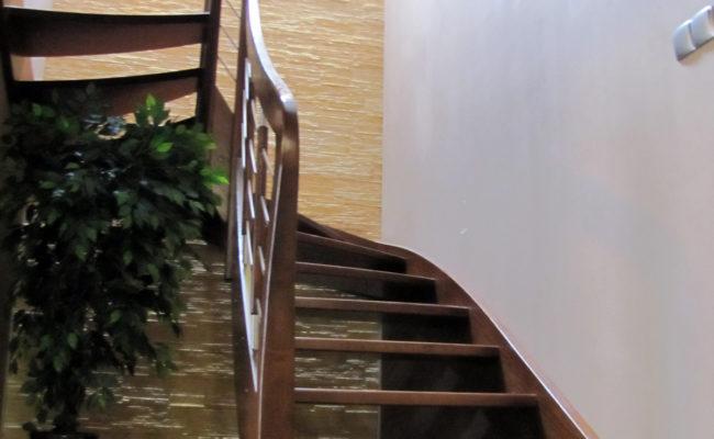 Schody-Q-Debowe-Orzech-balustradadrewno-+-prey-inox-(4)