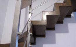 Schody-Q-Dywanowe-debowe-bolcowe-azurowe-Balustrada-Inox-pret-Piaseczno-(2)