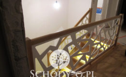 Schody-Q-Na-beton-Debowe-natura-(-czarne-zaprawki)-balustrada-LVL-biala-(3)