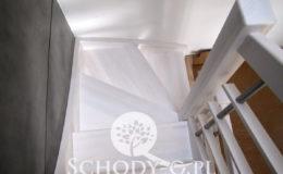 Schody-Q-Policzkowe-jesionowe-bielone-balustrada-listwa-poziomo–rura-inox-pion_15
